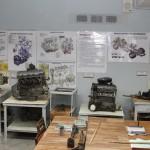 Лаборатория ремонта автомобилей и двигателей